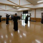 """<span class=""""title"""">令和2年8月8日、勇武館道場は「夏に鍛えよう!」と恒例の暑中稽古に励みました。</span>"""